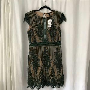 NWT Forever 21 dress - super sexy, yet elegant